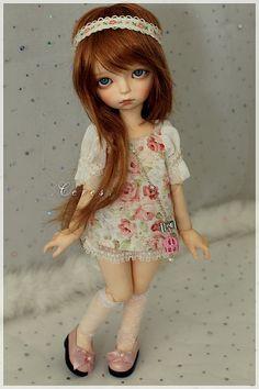 supple-dolls:  Maggie (Imda Modigli) by Margaux on Flickr.