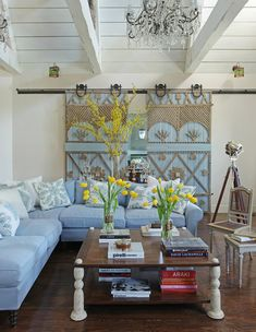 Decorative wood accents on sliding barn door, interior by Martyn Lawrence-Bullard My Living Room, Living Room Decor, Home And Living, Living Spaces, Interior And Exterior, Interior Design, Home And Deco, Ozzy Osbourne, Sliding Doors