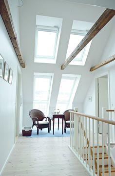 Bauernhaus mit Cabrio: Helle Räume und durchdachte Platzierung von Dachfenstern