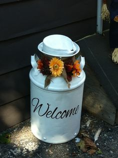 Decorated Milk Can fall diy.....might have to do something like this if I can't get the lids off my milk cans!