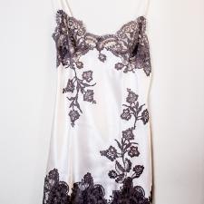   Torino ShoppinGlam   Negozi Shopping Moda Offerte sottoveste #Markolaine #woman #lingerie