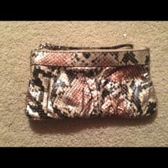 Express wristlet Express wristlet - gently used Express Bags Clutches & Wristlets