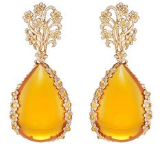 Chopard- <b>Earrings</b> in 18ct rose gold featuring two fire opals totaling 113.8cts– Mandarin garnet cabochons (3.1cts)– colored sapphire cabochons and brilliant–cut diamonds – <b>Ref.: 849851–5001</b>