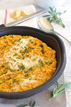 Unlike other baked risottos, this is creamy, not sticky and starchy. The secret is the pumpkin. Veganise it by omitting the parmesan cheese - just check the salt level - and obviously choosing vegetable rather than chicken stock! #fast #midweek_meal #pumpkin