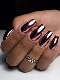 I love those Pink chrome coffin nails! Chrome Mirror Nails, Pink Chrome Nails, Chrome Nail Powder, Chrome Nail Art, Black Nails With Glitter, Pink Nails, Gold Chrome, Fall Nail Art Designs, Long Nail Designs