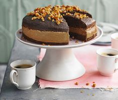 Cappuccino-mousse cake