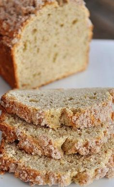 This moist and light cream cheese banana bread recipe with a sweet . sweet cinnamon topping is the best banana . cream cheese running through this banan No Bake Desserts, Just Desserts, Delicious Desserts, Dessert Recipes, Yummy Food, Health Desserts, Fruit Recipes, Recipies, Best Banana Bread