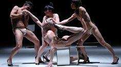 """A oitava edição do """"Festival Contemporâneo de Dança"""" (FDC) convida bailarinos nacionais e estrangeiros a mostrar ao público seus trabalhos mais recentes."""