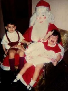 20 Of The Creepiest Vintage Holiday Photos