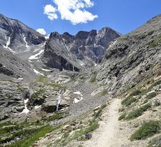 5 Great Day Hikes, including Chasm Lake and Fern Lake in Rocky Mountain National Park, Estes Park run with dog, travel with a dog, rv with dogs Visit Colorado, Colorado Hiking, Boulder Colorado, Rocky Mountains, Colorado Mountains, Hiking Places, Hiking Trails, Camping Places, West Coast Trail