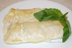Give Peas a Chance: GPAC Crab Manicotti Seafood Recipes, Gourmet Recipes, Dinner Recipes, Healthy Recipes, Dinner Ideas, Crab Manicotti Recipe, Manacotti Recipe, Give Peas A Chance, Family Meals