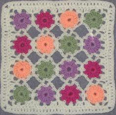 YarnCrazy crochet world: Simple Yoyo Square free pattern on https://www.scribd.com/doc/136152487/Simple-Yoyo-Square#fullscreen&from_embed
