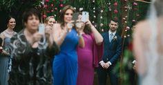 O australiano Thomas Stewart, especialista emfotografia de casamento, viralizou no Facebook ao publ...