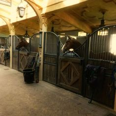 Yes I would like a barn like this please....attached to my indoor, heated arena.