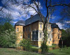 pictures of moenchengladbach | Mönchengladbach-Rgeydt, Schloss Rheydt