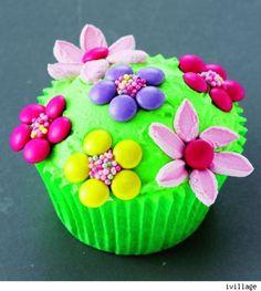 Flower Power fairy cupcake
