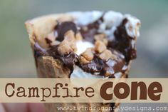 Dessert to do on your campfire! Sugar cone stuffed with choc. Chips, skor bites, marshmallows and fruit wrap in foil and put on campfire for 5 minutes. Camping Meals, Kids Meals, Camping Recipes, Camping Cooking, Camping Stuff, Camping Tips, Outdoor Cooking, Campfire Cone, Campfire Snacks