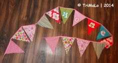 Wimpelkette aus Stoffresten / String of pennants made from scraps of fabric / Upcycling
