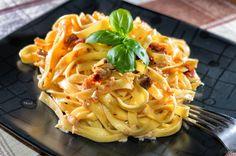 Niezwykle prosty i szybki przepis na obiad, zwłaszcza w tygodniu, gdy czasu mamy zdecydowanie mniej. Zdrowo i pożywnie, zapraszamy do gotowania!