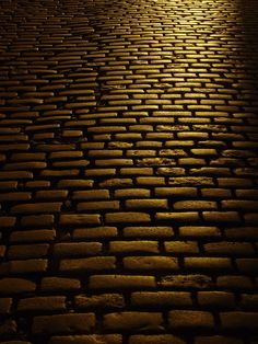 The Golden Streets of Edinburgh