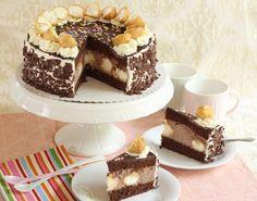 Mega leckere Schoko-Windbeutel-Torte | Rezept und Video Oreo Crust Cheesecake, Snickers Cheesecake, Coffee Cheesecake, How To Make Cheesecake, Best Cheesecake, Cheesecake Desserts, Caramel Chocolate Bar, Chocolate Cream Cheese, Decadent Chocolate