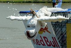 Talkor the Luckdragon takes a dive at Red Bull Flugtag Telaviv