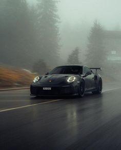 Black Car Wallpaper, Jdm Wallpaper, Classy Cars, Sexy Cars, Blacked Out Cars, Porche Car, Black Porsche, Porsche 911 Gt2 Rs, Roadster