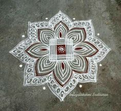 Super Ideas for traditional quilting simple Rangoli Kolam Designs, Rangoli Ideas, Kolam Rangoli, Easy Rangoli, Indian Rangoli, Flower Rangoli, Patchwork Quilt Patterns, Modern Quilt Patterns, Quilting Patterns