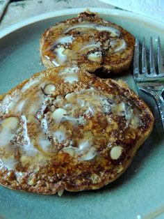 Eat Drink And Be Me: Low-Cal yet sinfully delicious pancakes with pumpkin, pecans, white chocolate chips and eggnog in the batter! Great for breakfast on Thanksgiving, Christmas or for New Year's brunch!