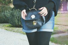 Sac bandoulière rond noir - zonedachat.com Longchamp, Fashion Backpack, Backpacks, Tote Bag, Bags, Baby Born, Black People, Handbags, Backpack