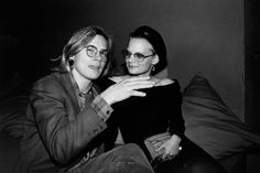 Then-item River Phoenix and Martha Plimpton cozy up at the Palladium, 1989.