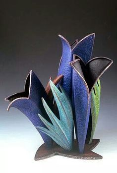 Helen Shirk - Hollow Containers -Just realized this is not clay; it is multi-media -see source for details. Pottery Sculpture, Pottery Vase, Ceramic Pottery, Polymer Clay Art, Polymer Clay Jewelry, Vases, Hand Built Pottery, Keramik Vase, Pottery Designs
