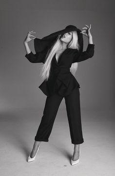Honeymoon Avenue ♡ Ariana Grande
