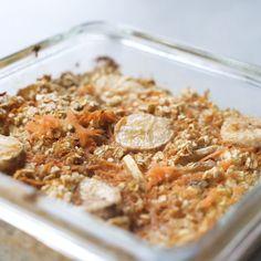 Leckeres Baked Oatmeal Rezept im Geschmack Karottenkuchen Baked Oatmeal ohne Zucker Fr hst cks Meal Prep Rezept bakedoatmeal mealprep Lunch Meal Prep, Meal Prep Bowls, Easy Meal Prep, Healthy Meal Prep, Easy Meals, Eating Healthy, Dinner Healthy, Healthy Food, Healthy Recipes