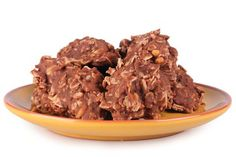Tyto zdravé sušenky určitě zvládneš! Jsou velmi snadné a zaberou ti minimum času. Už jen to, že na celý zdravý recept budeš potřebovat jen 5 surovin je paráda.