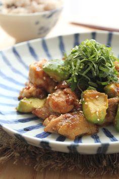 鶏肉とアボカドのあっさり梅照り焼き by 緑川鮎香   レシピサイト「Nadia   ナディア」プロの料理を無料で検索