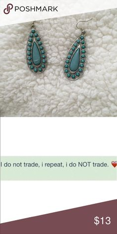 Beautiful drop earrings Not from listed brand Madewell Jewelry Earrings