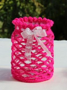 Knitting Patterns Vintage Free Guide: Romantic lantern – quick and easy crochet How To Start Knitting, Learn To Crochet, Easy Crochet, Knit Crochet, Crochet Jar Covers, Knitting Patterns, Crochet Patterns, Crochet Home Decor, Crochet Kitchen