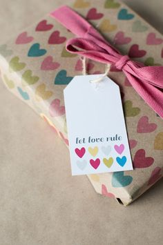 Let love rule  set of 5 gift tags by ToodlesNoodles on Etsy, $6.75