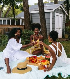 Picnic with the girls! Black Girl Aesthetic, Summer Aesthetic, Black Girl Magic, Black Girls, Black Girl Photo, Picnic Photo Shoot, Afro, Picnic Outfits, Brown Skin Girls