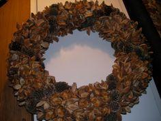 "christmas/autumm wreath beech shells and ""band"" og larchcones"