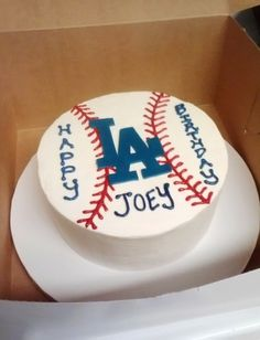 LA Dodgers Birthday Cake By sixbittersweets on CakeCentral.com