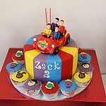 ZACK'S WIGGLES CAKE by The Tinderbox Cake Decorators Second Birthday Cakes, 2nd Birthday Boys, 2nd Birthday Parties, Birthday Ideas, Birthday Celebrations, Wiggles Birthday, Wiggles Party, Wiggles Cake, The Wiggles