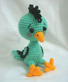 Crochet bird amigurumi pattern