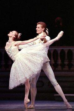 Pacific Northwest Ballet season announcement includes return of ...