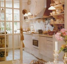 Charming Swedish country kitchen: too pretty to cook in. Now there's my excuse