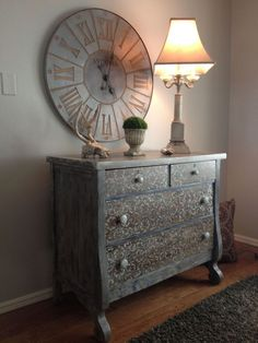 How to Do a Weathered Wood Finish on Furniture