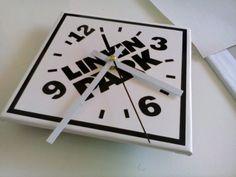 Linkin Park Clock - legno e adesivo vinile.  We Do Fablab laser cut