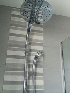 Mosaïque grise dans ma salle de bain
