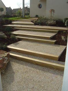 Escalier ext rieur en b ton escaliers en b ton d sactiv for Escalier exterieur en traverse de chemin de fer